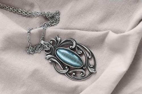 10 stylish ways to wear vintage and antique jewellery art nouveau pendant aloadofball Image collections