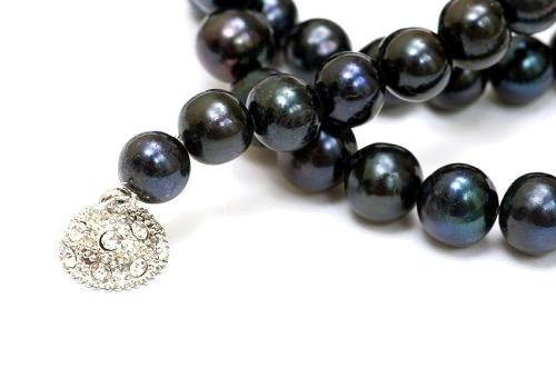Black Akoya Pearls