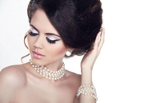 Multiple-Strand Pearls