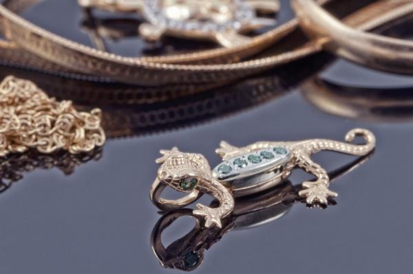 Wear Animal-Inspired Jewellery